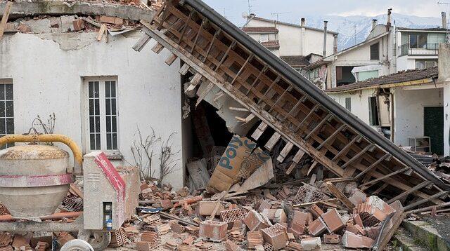 İzmir Otelciler Odasından Depremzedelere Destek